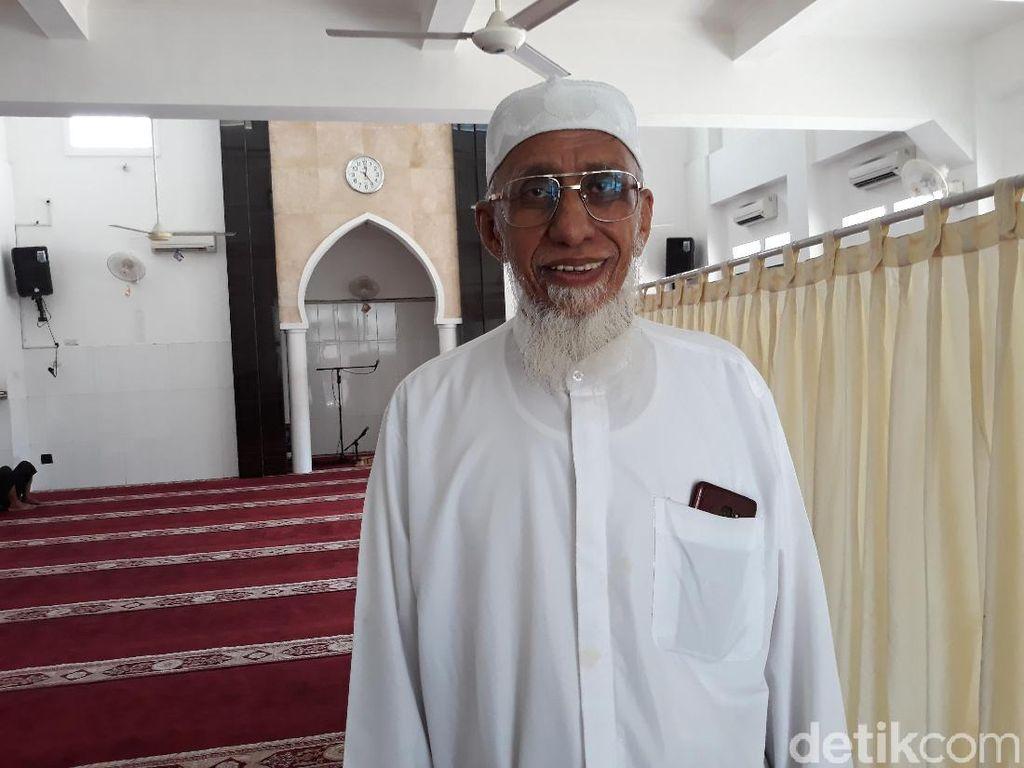 Tentang Faiz Baraja, Guru Pesantren Solo yang Diundang Raja Salman Berhaji