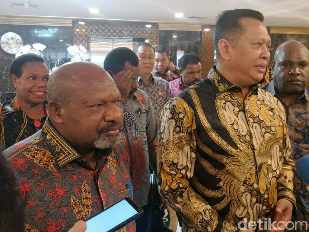 Temui Ketua DPR, Bupati Nduga Curhat soal Keamanan di Wilayahnya
