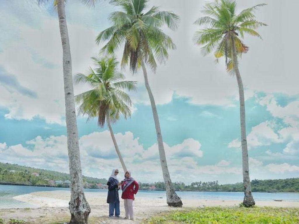Pantai Wantopi di Buton Tengah, Serasa Milik Pribadi