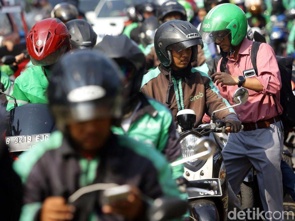 Tarif Baru Berlaku Seluruh Indonesia, Driver Ojol: Ini yang Ditunggu-tunggu