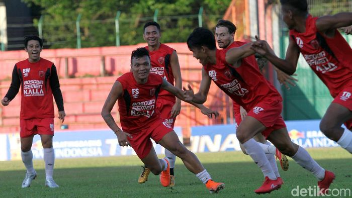 PSM Makassar hadapi Badak Lampung. (Foto: Rifkianto Nugroho)