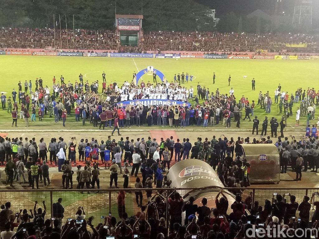 Polisi Tangkap Pelaku Pemecah Kaca Ruang VVIP Stadion Mattoanging