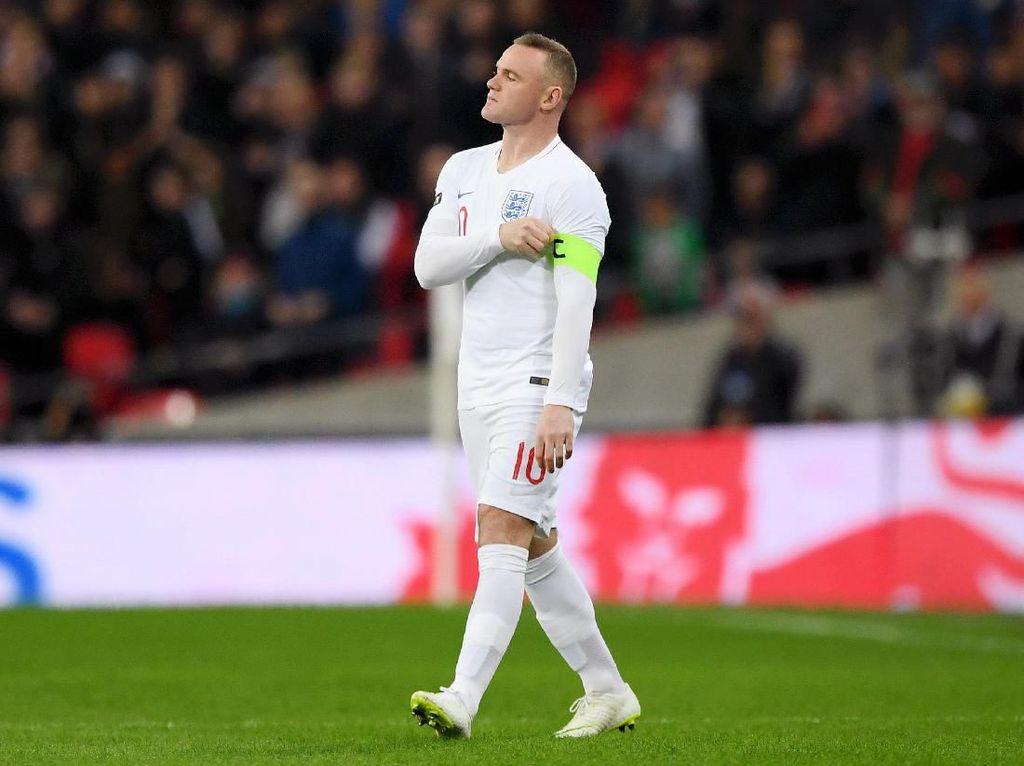 Ikut Promosikan Situs Judi, Rooney Diminta Ingat Anak