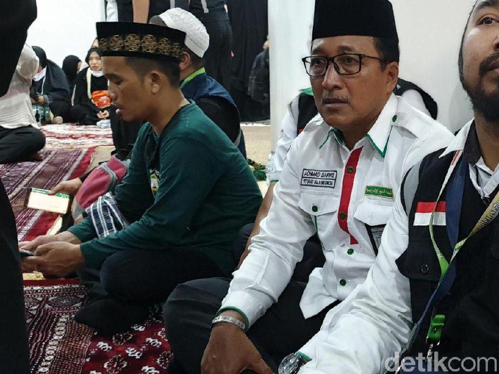 Ustaz Solmed dan Ustaz Maulana Melayat Mbah Moen
