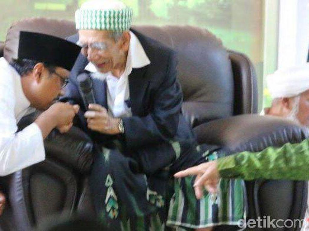 Mbah Moen Wafat, Gus Ipul: Allah Mencintai Panjenengan