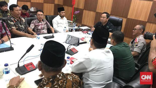 Wali Kota Semarang Hendrar Prihadi memimpin mediasi antara GBI Tlogosari Wetan, kelompok penolak, dan FKUB, pada 2019.