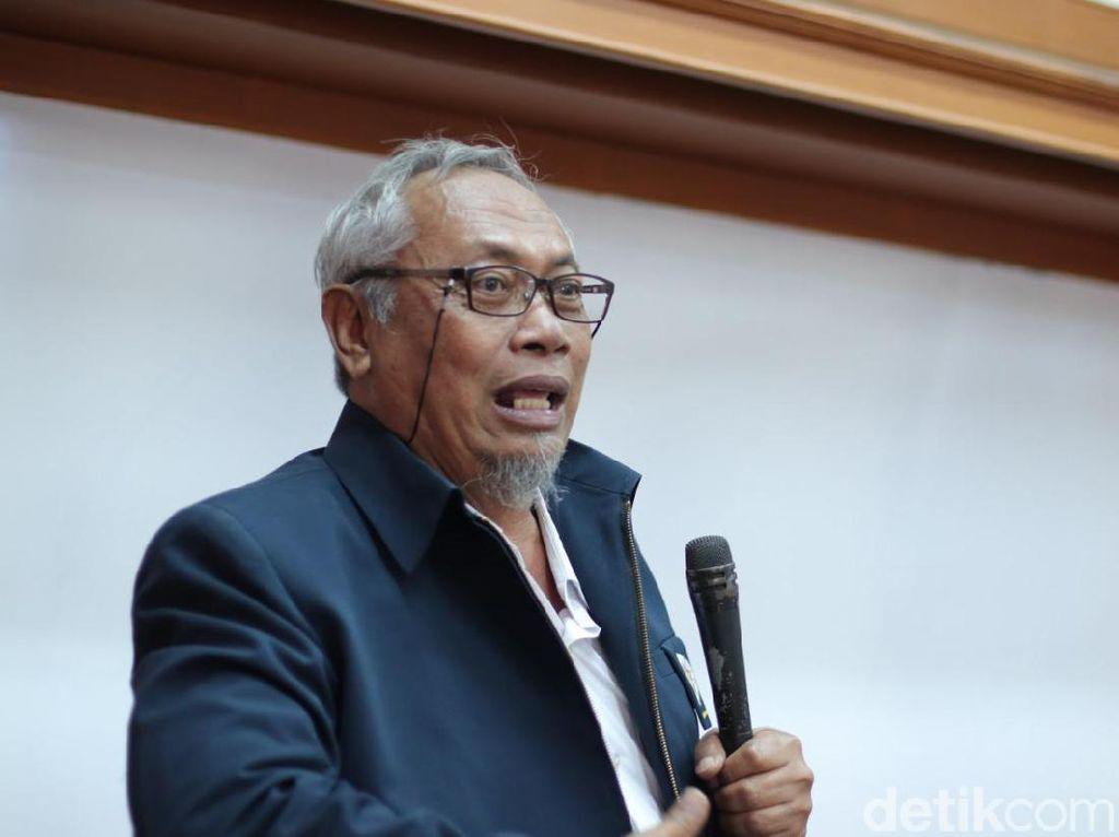 Sebut Profesor Tua Kecil Manfaatnya, UGM: M Nasir Sedang Caper