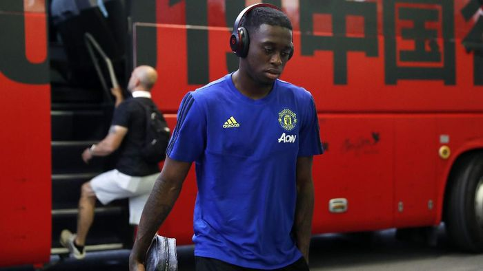 SHANGHAI, CHINA - JULY 25: Aaron Wan-Bissaka of Manchester United is seen on arrival at the stadium prior to the International Champions Cup match between Tottenham Hotspur and Manchester United at the Shanghai Hongkou Stadium on July 25, 2019 in Shanghai, China. (Photo by Fred Lee/Getty Images )