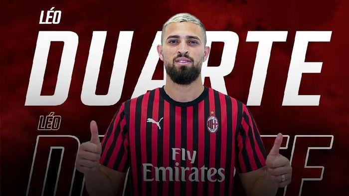 AC Milan resmi dapatkan Leo Duarte (Foto: twitter.com)