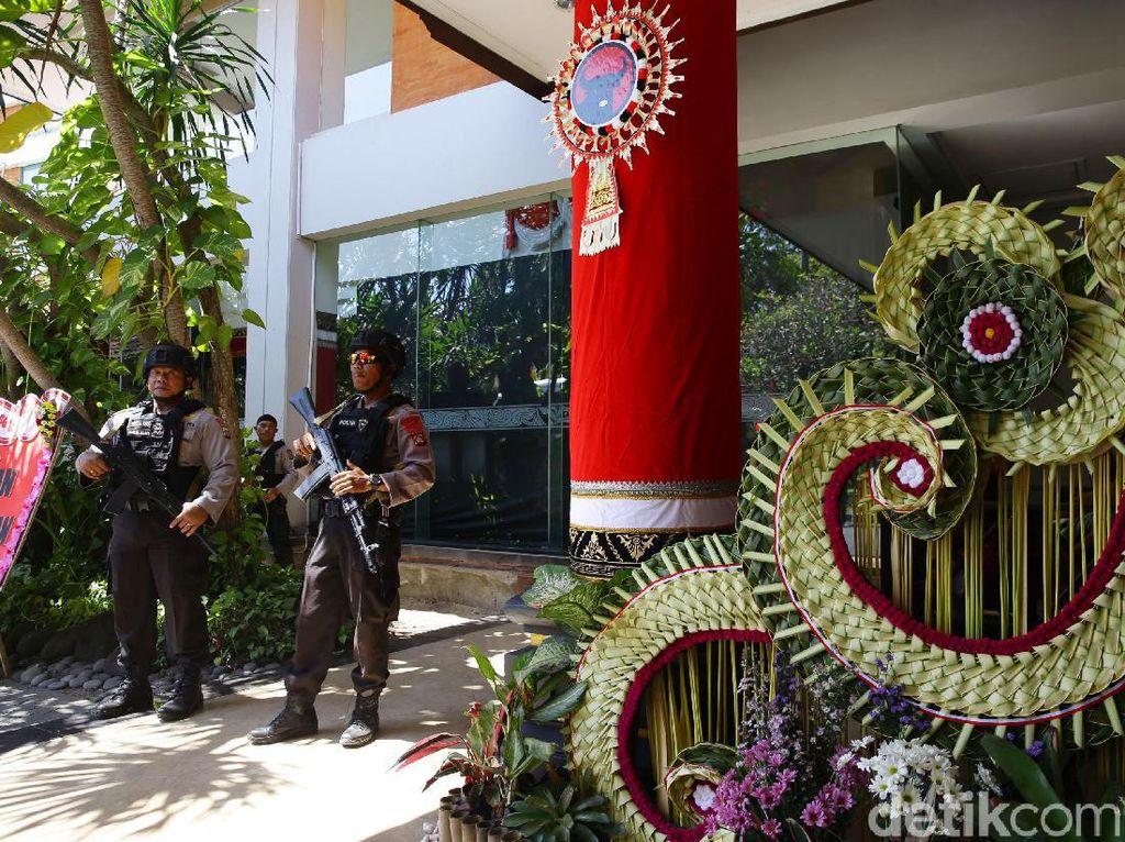 Polisi Bersenjata Amankan Kongres V PDIP