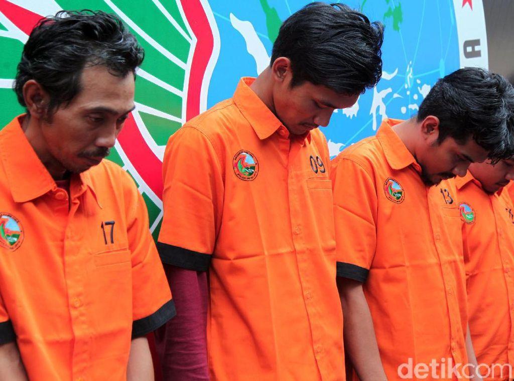 Polisi Bekuk Tersangka Pemasok Sabu ke Nunung