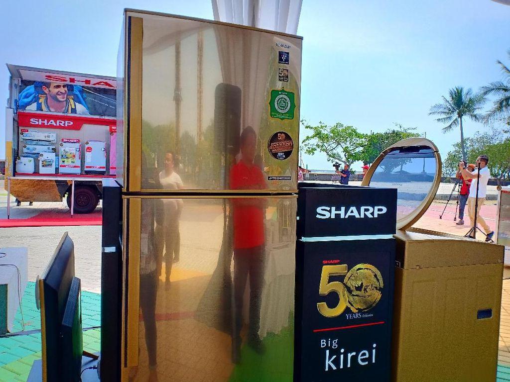 Sharp Targetkan Penjualan Rp 11 Triliun di Usia Setengah Abad