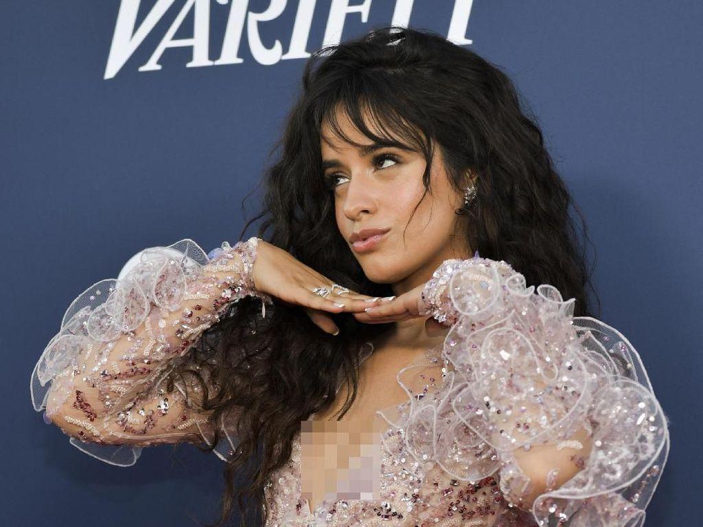 Sebuah Drama Komedi untuk Lengkapi Liar Camila Cabello