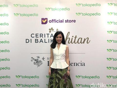 Mengenal Dea Valencia, Pengusaha Batik yang 50% Karyawannya Disabilitas