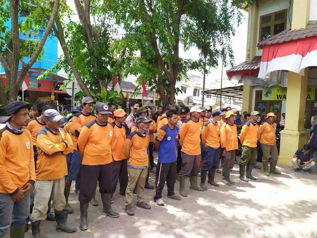 Pasukan Oranye Banda Aceh Curhat Soal Warga yang Tak Sadar Buang Sampah