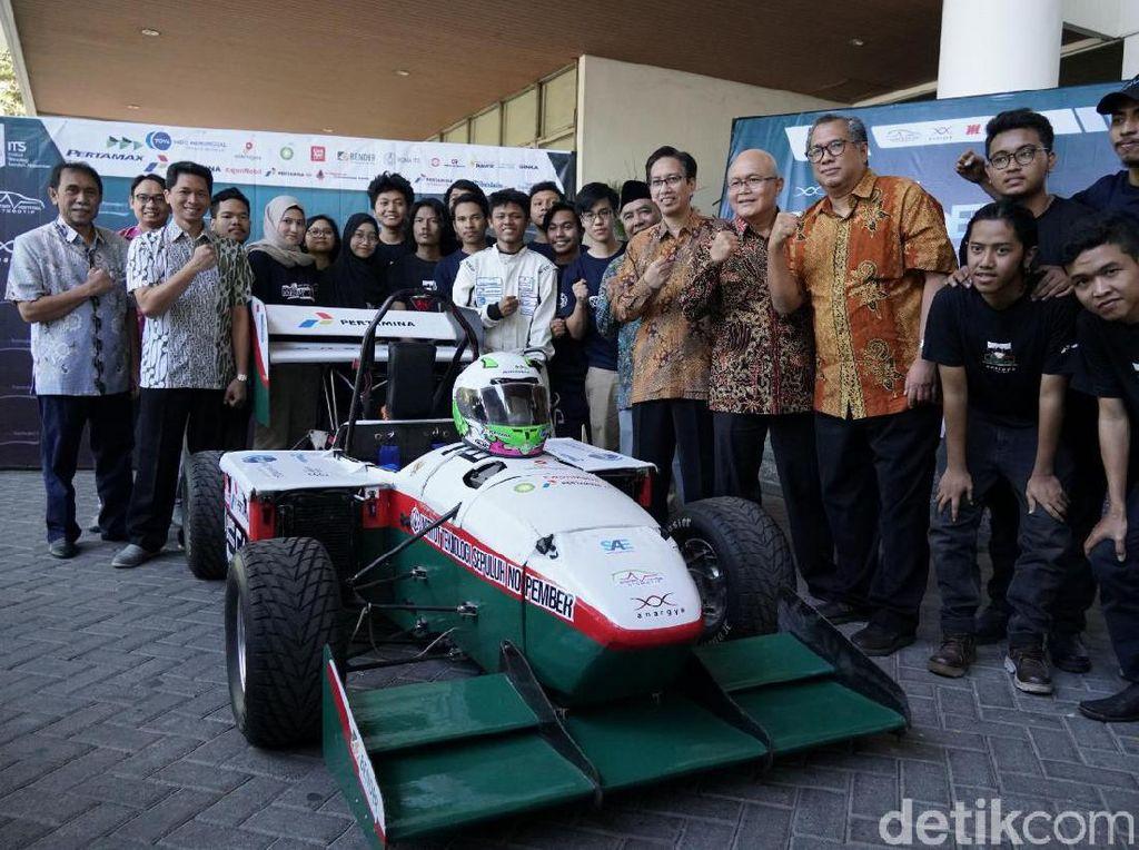Mobil Balap Formula Besutan ITS Siap Unjuk Gigi di Jepang
