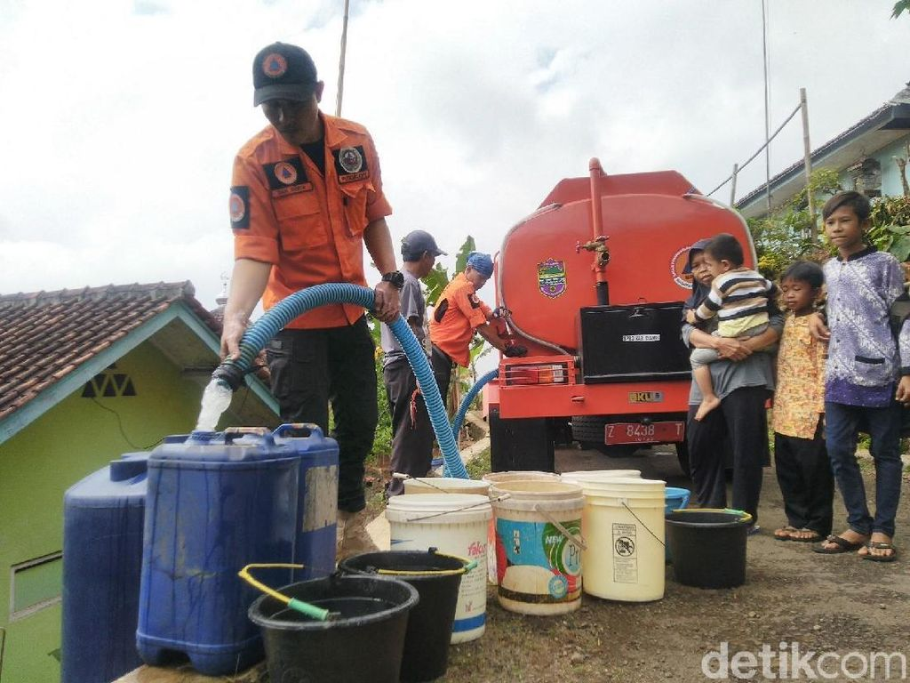 Kemarau Masih Panjang, 5 Kecamatan di Ciamis Sudah Krisis Air Bersih