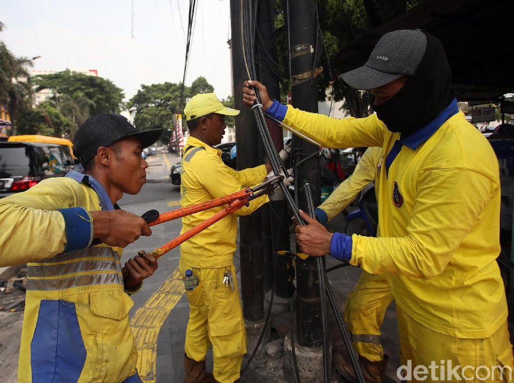 Ombudsman DKI Sebut Pemotongan Kabel di Cikini Ganggu Internet Kemenhan