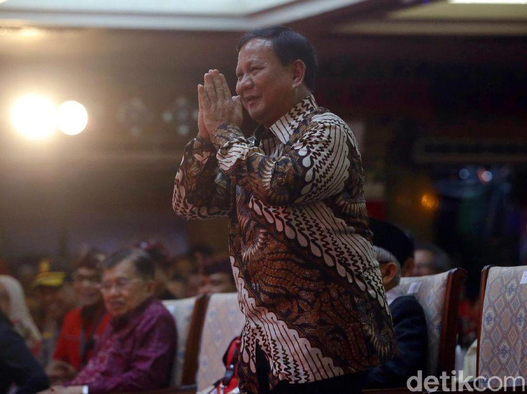 Prabowo Beri Hormat Saat Megawati Bercanda Deketin Saya