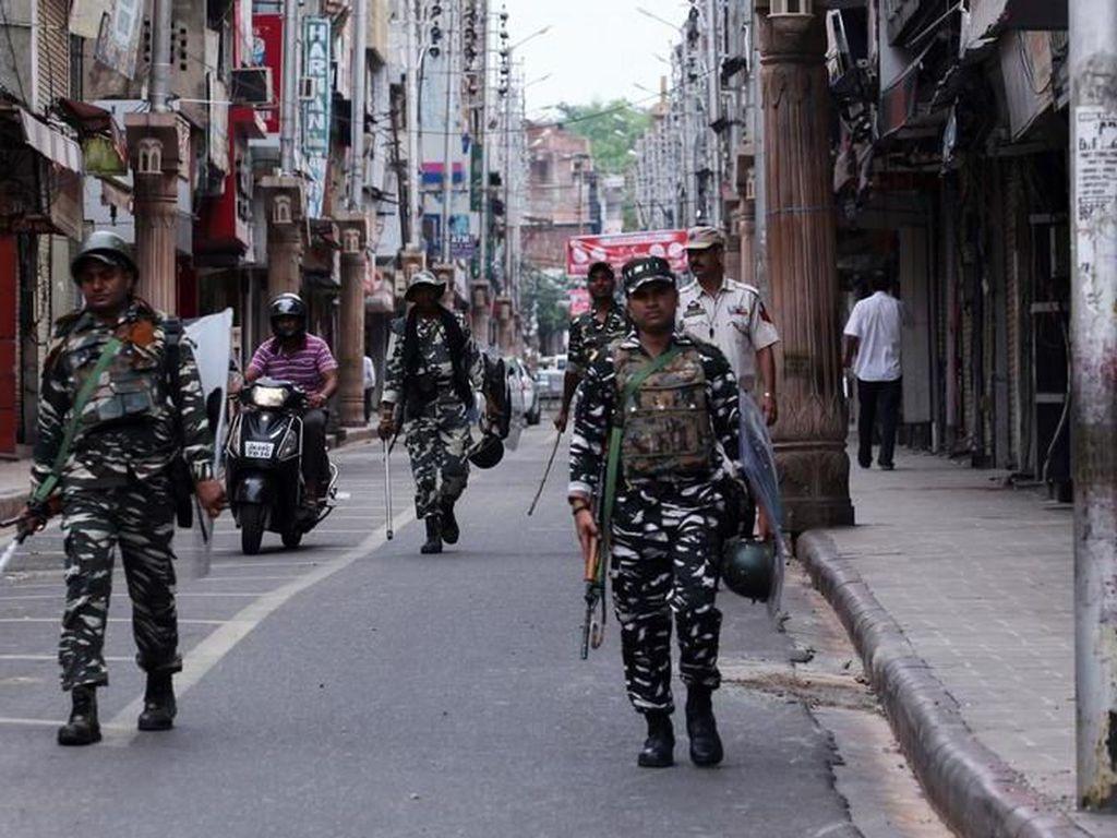 Cegah Protes di Kashmir, India Tangkap Ratusan Aktivis dan Intelektual