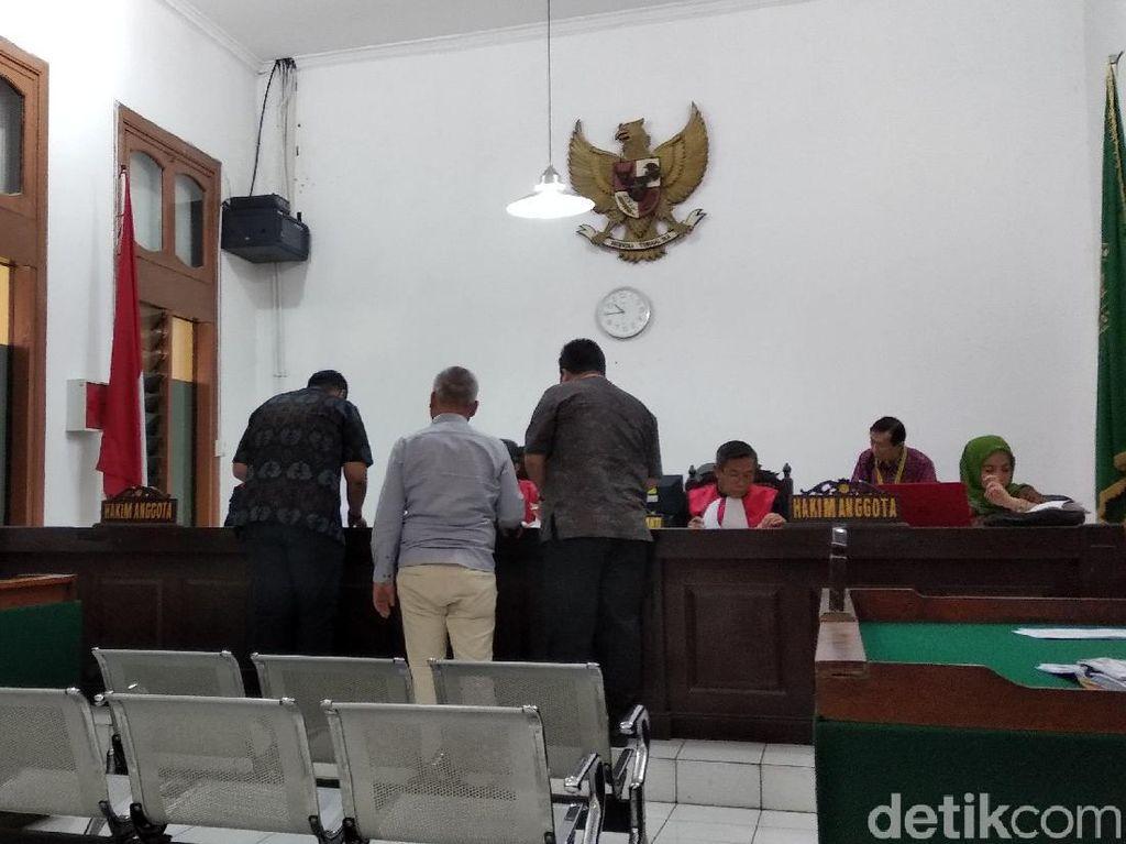 Kisruh Pemilihan Rektor Unpad, Penggugat Serahkan Berkas ke Hakim
