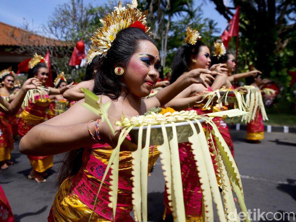 Lagu Daerah Bali yang Populer dari Janger hingga Macepet-cepetan