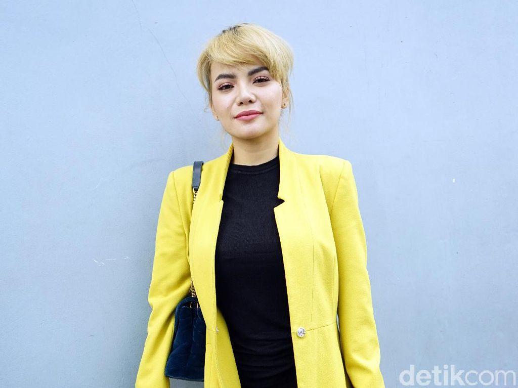 Dinar Candy Pastikan Hubungannya dengan Polisi Beristri Kandas