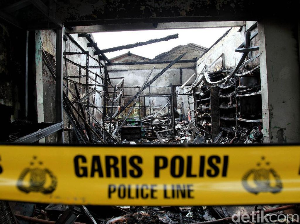 Polisi Tunggu Autopsi Pastikan Penyebab 3 Orang Tewas di Kebakaran Cipayung