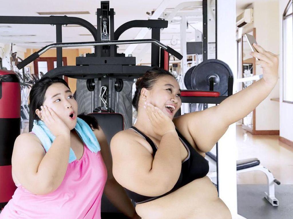 5 Olahraga untuk Meratakan Perut yang Melar Sedikit Akhir Pekan Lalu