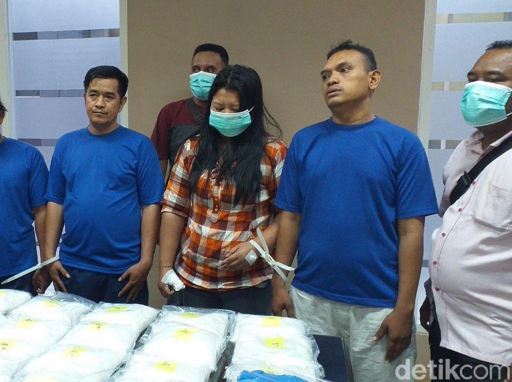 Penyelundupan 25 Kg Sabu Asal Malaysia Digagalkan, Empat Orang Diamankan
