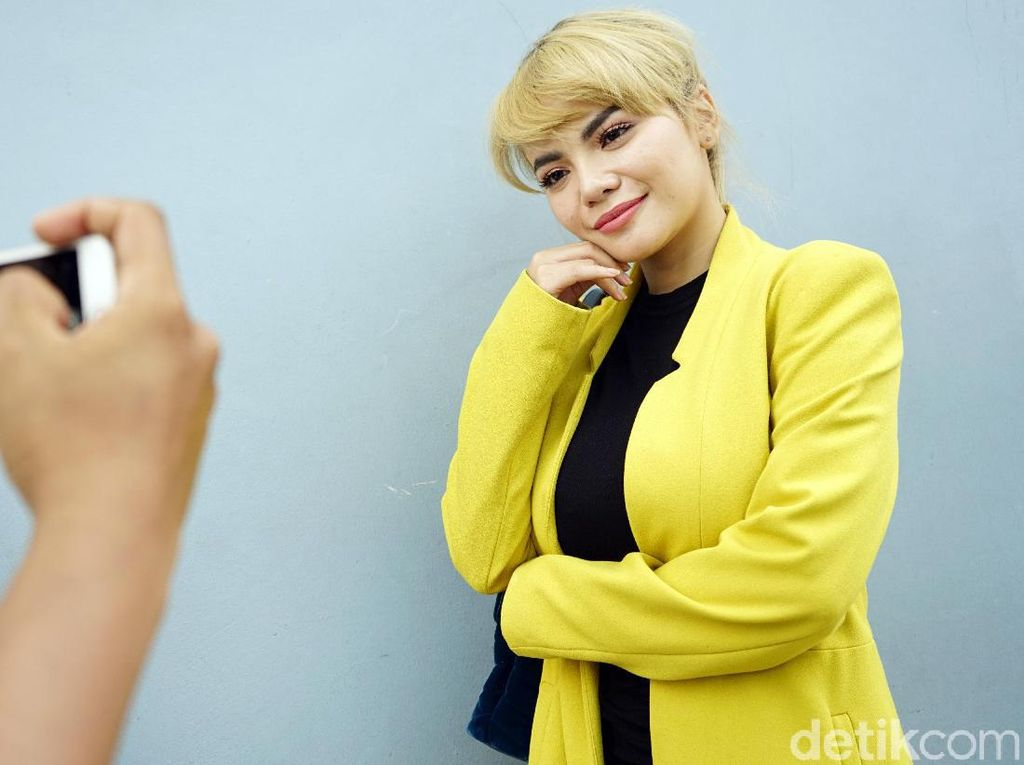 Dikatai Fans Halu Chand Kelvin, Dinar Candy Batal Lapor Polisi