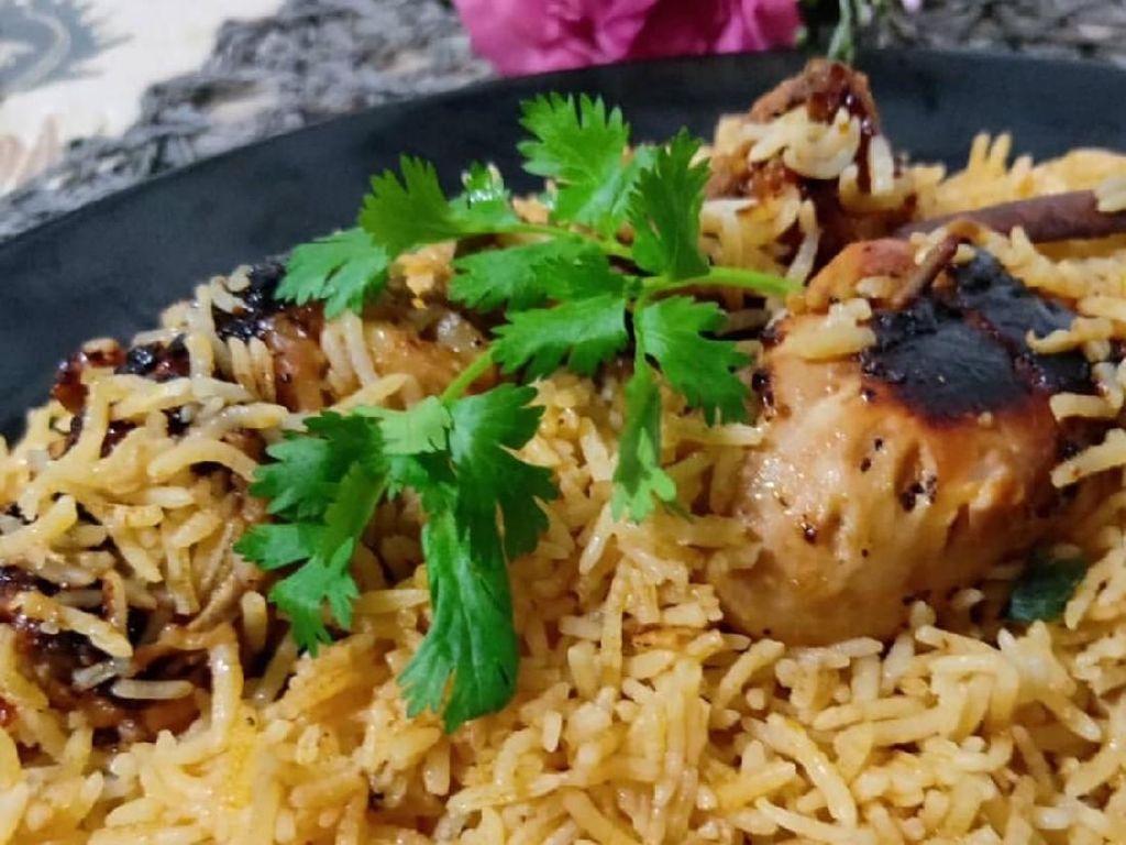 Mari Sarapan Nasi Mandi yang Harum Istimewa di Hari Raya!