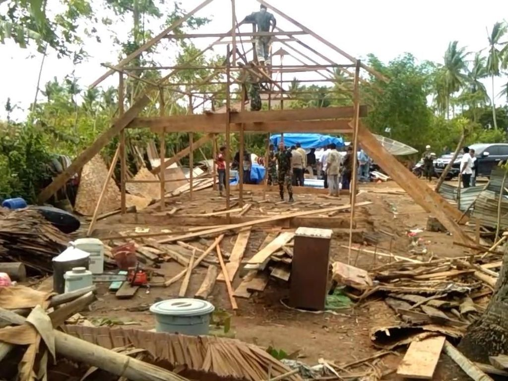 Puting Beliung Landa Aceh Utara, Ada Rumah Ambruk