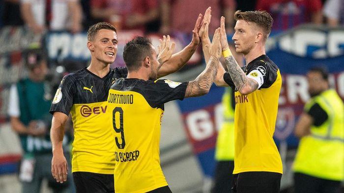 Borussia Dortmund lolos ke babak kedua DFB Pokal. (Foto: Marius Becker / dpa / AFP)