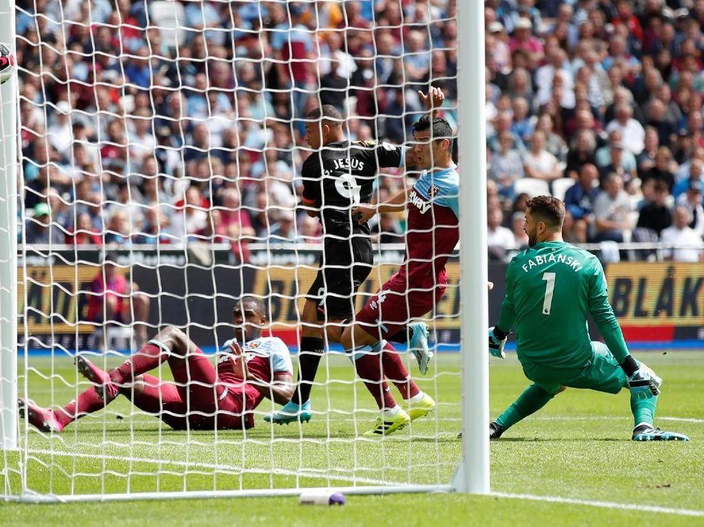 Gabriel Jesus Bawa Man City Ungguli West Ham