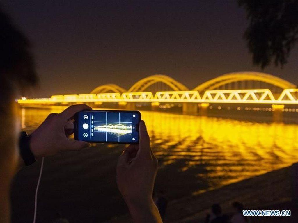 Jalur Kereta Tua Ini Dirombak Jadi Jembatan Instagramable