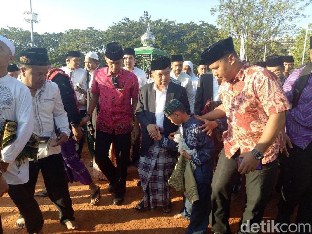 Bahagianya JK Rayakan Idul Adha di Makassar