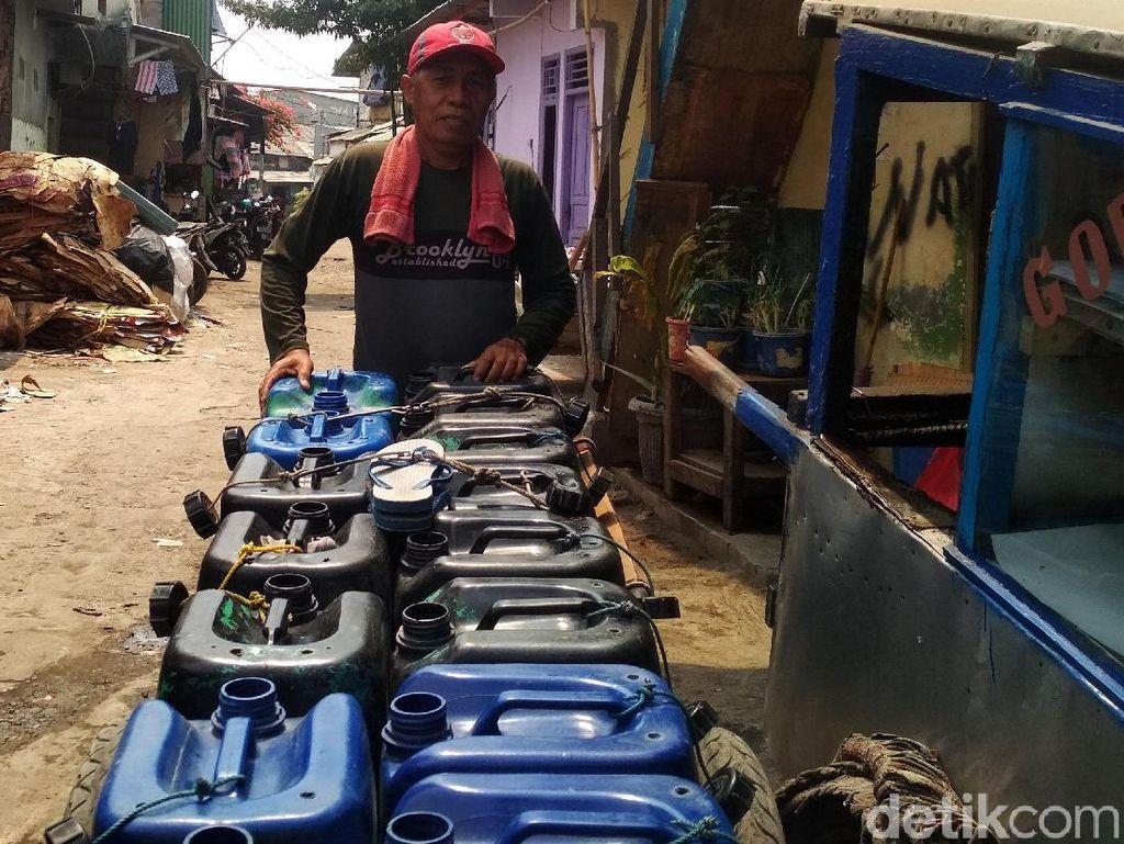 Potret Susahnya Warga Miskin Jakarta Akses Air Bersih