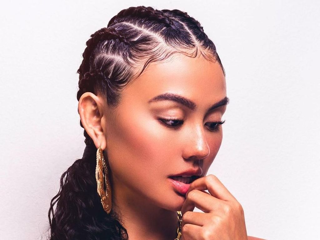 Usai Seksi di Klip Hot Girl Summer, Agnez Mo Gandeng French Montana