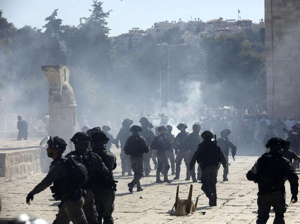Bentrok dengan Tentara Israel di Perbatasan Gaza, Dua Remaja Palestina Tewas