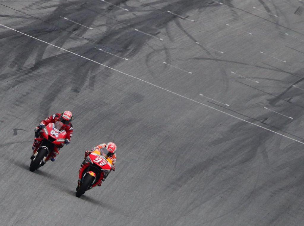 Kalah di MotoGP Austria, Marquez: Saya Dipermainkan Dovizioso