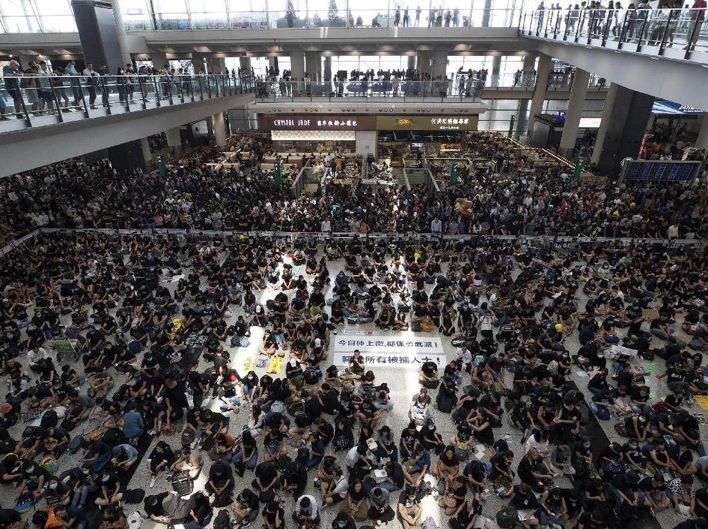 AS Minta Semua Pihak Tahan Diri dari Kekerasan Soal Aksi di Bandara Hong Kong