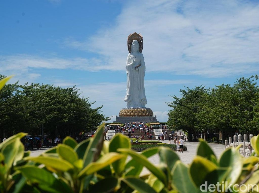 Hainan, Pulau Damai di Negeri Komunis