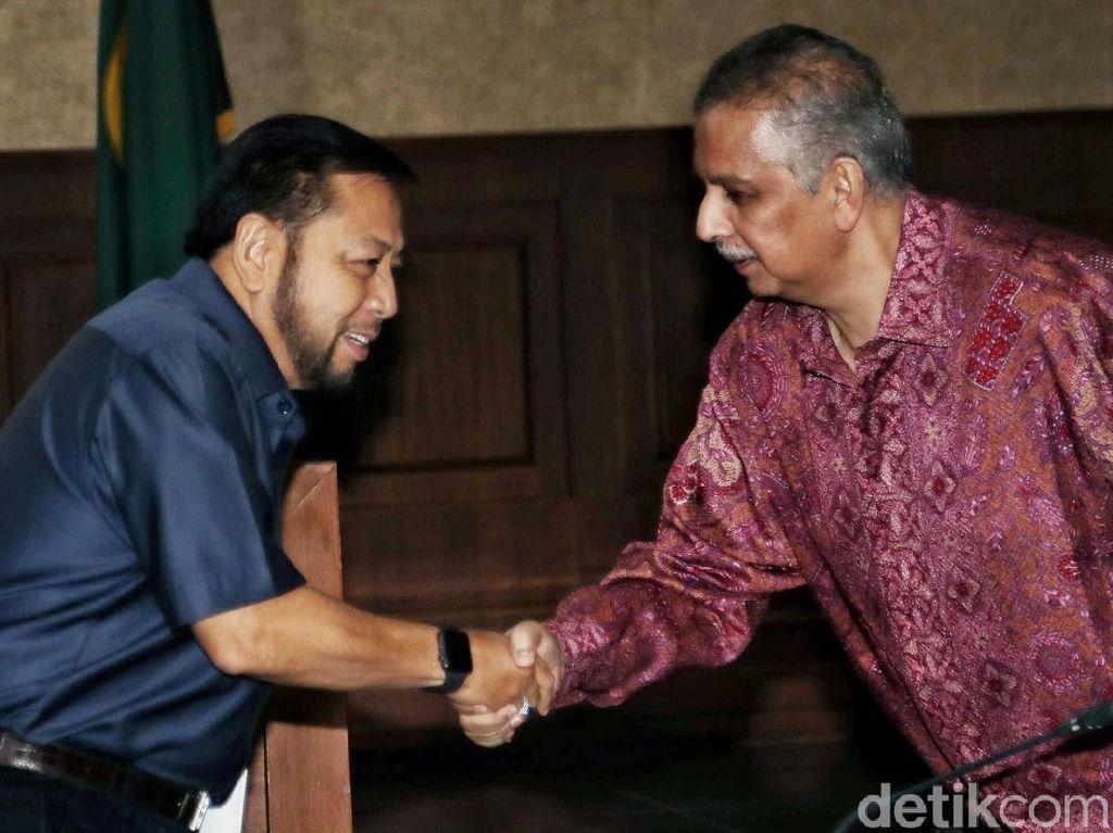 Novanto dan Basir Bertemu di Sidang Suap Proyek PLTU Riau-1