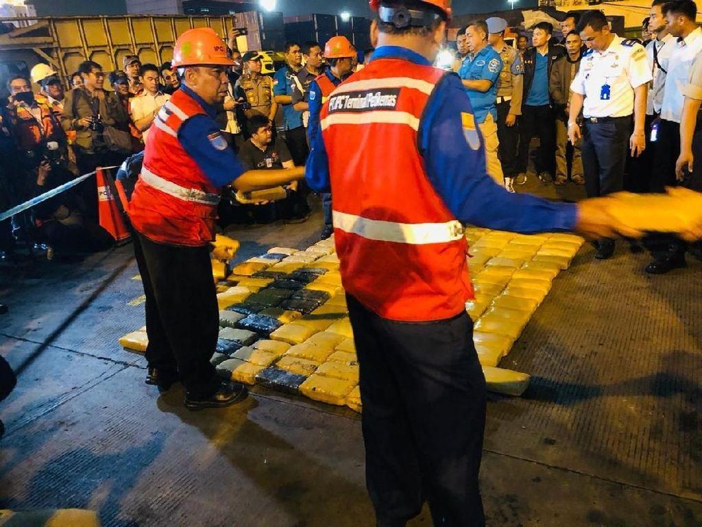 Pengembangan Kasus Kramat Jati, BNN Kembali Sita 500 Kg Ganja di Tj Priok