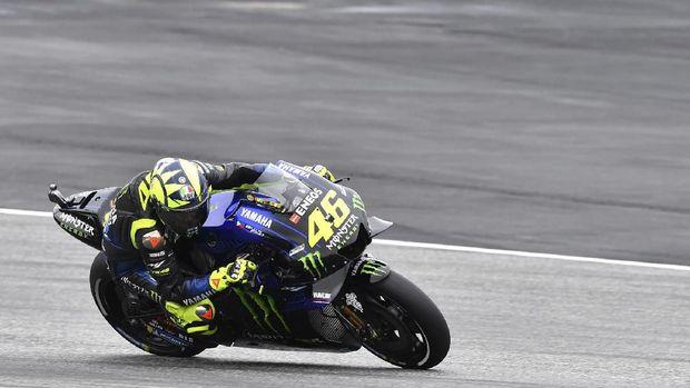 Manajer Honda Tak Yakin Rossi Segera Pensiun dari MotoGP