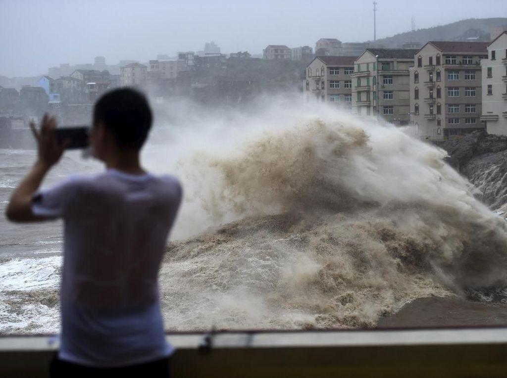 49 Orang Tewas Akibat Topan Lekima di China, Puluhan Orang Hilang