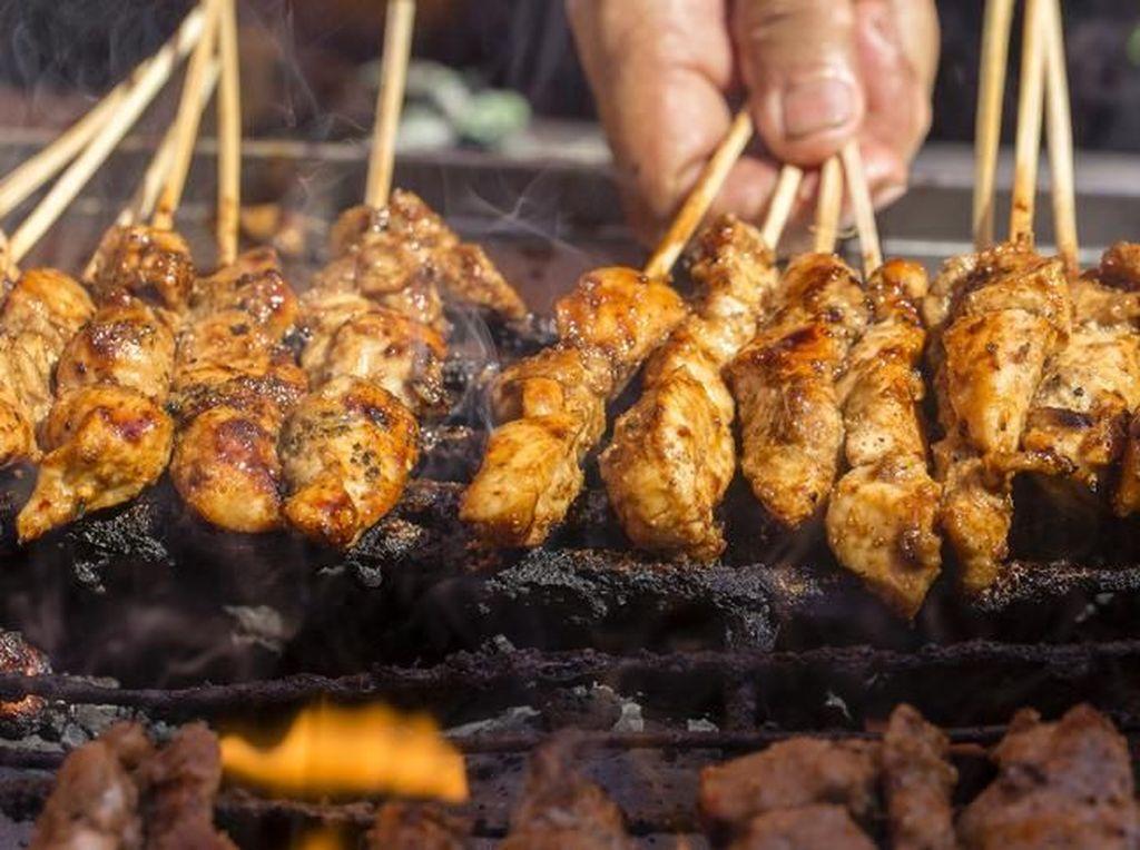 Banyak Makan Sate dan Daging Bakar Bisa Memicu Kanker?