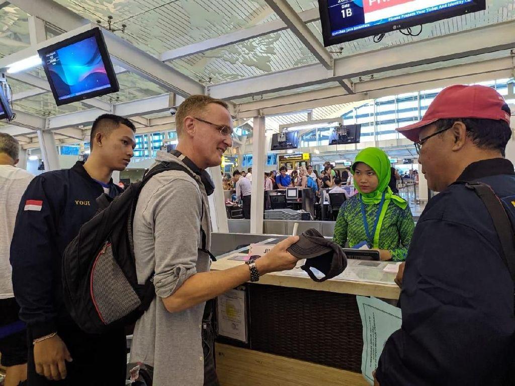 Nekat Liburan dari Bali ke Lombok Tanpa Paspor, WN Belanda Dideportasi
