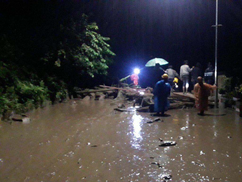 Banjir di Sigi Sulteng, Ada Jembatan Putus